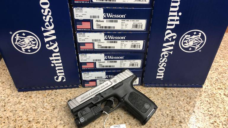 Brand New Smith & Wesson SD9VE W/ Crimson Trace Light Combo RESTOCKED