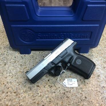 Used Smith & Wesson SW9VE 9mm